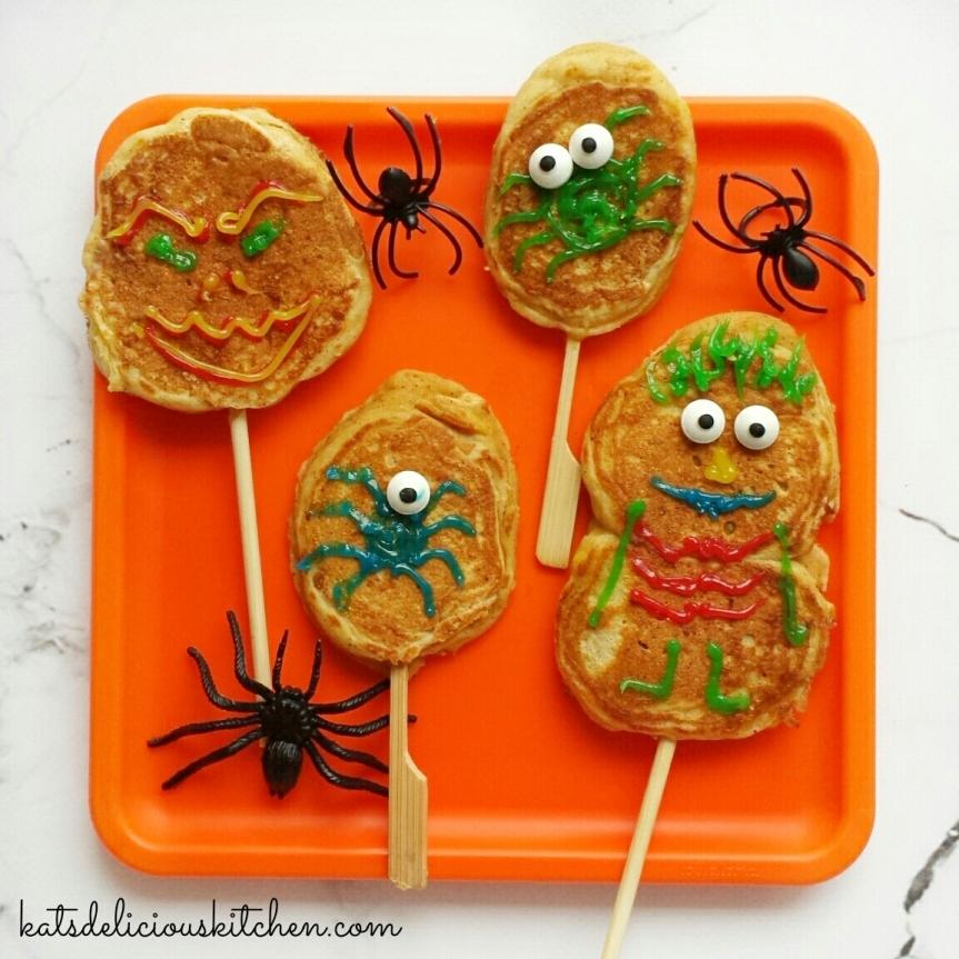 Halloween Spooky Pancake Lollipops / HalloweenLunchbox